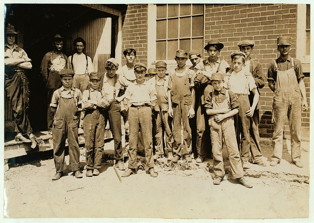 young labourers early 20th century